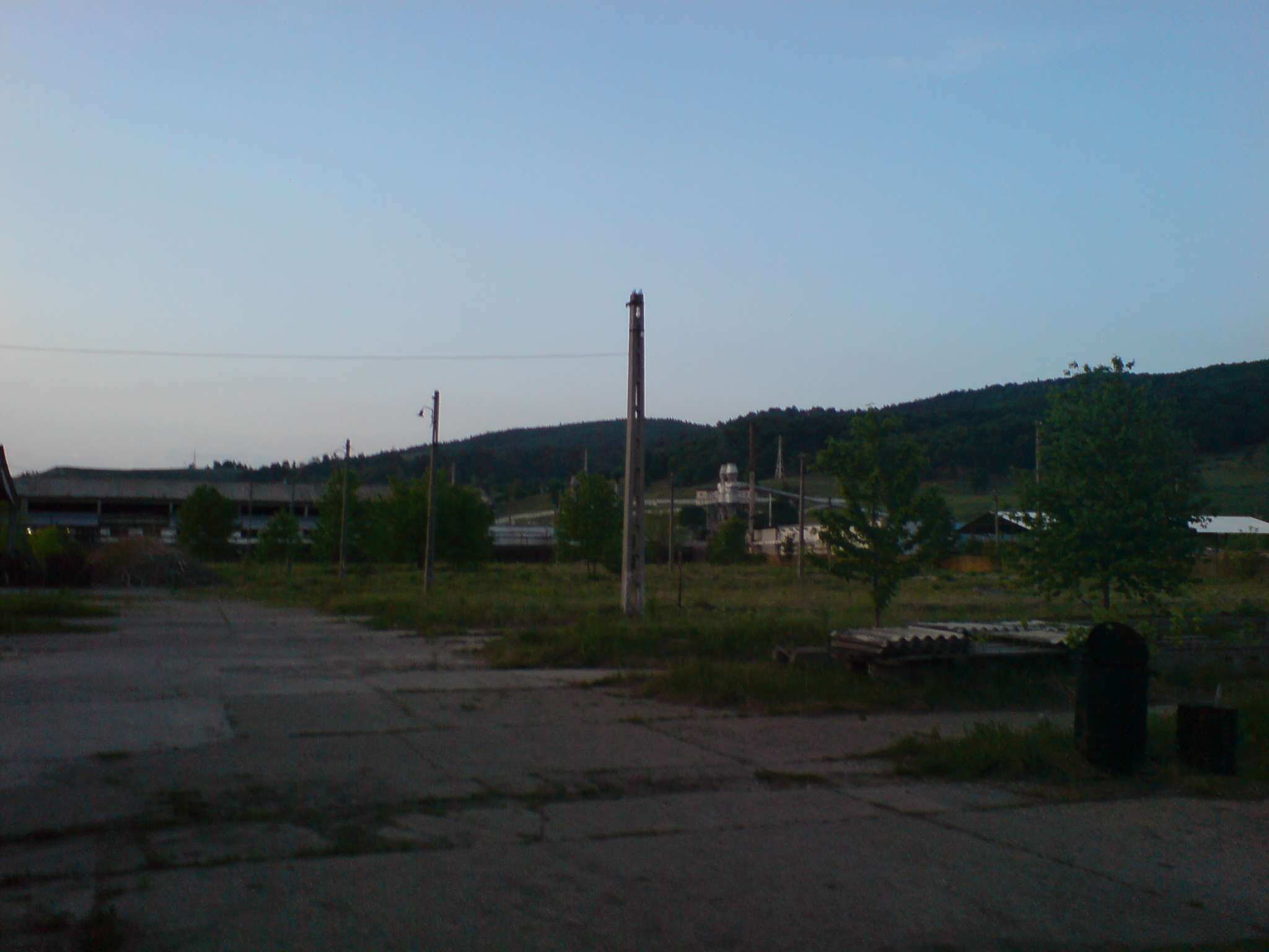 PARCEL  49.200 sqm of land Comanesti Romania -